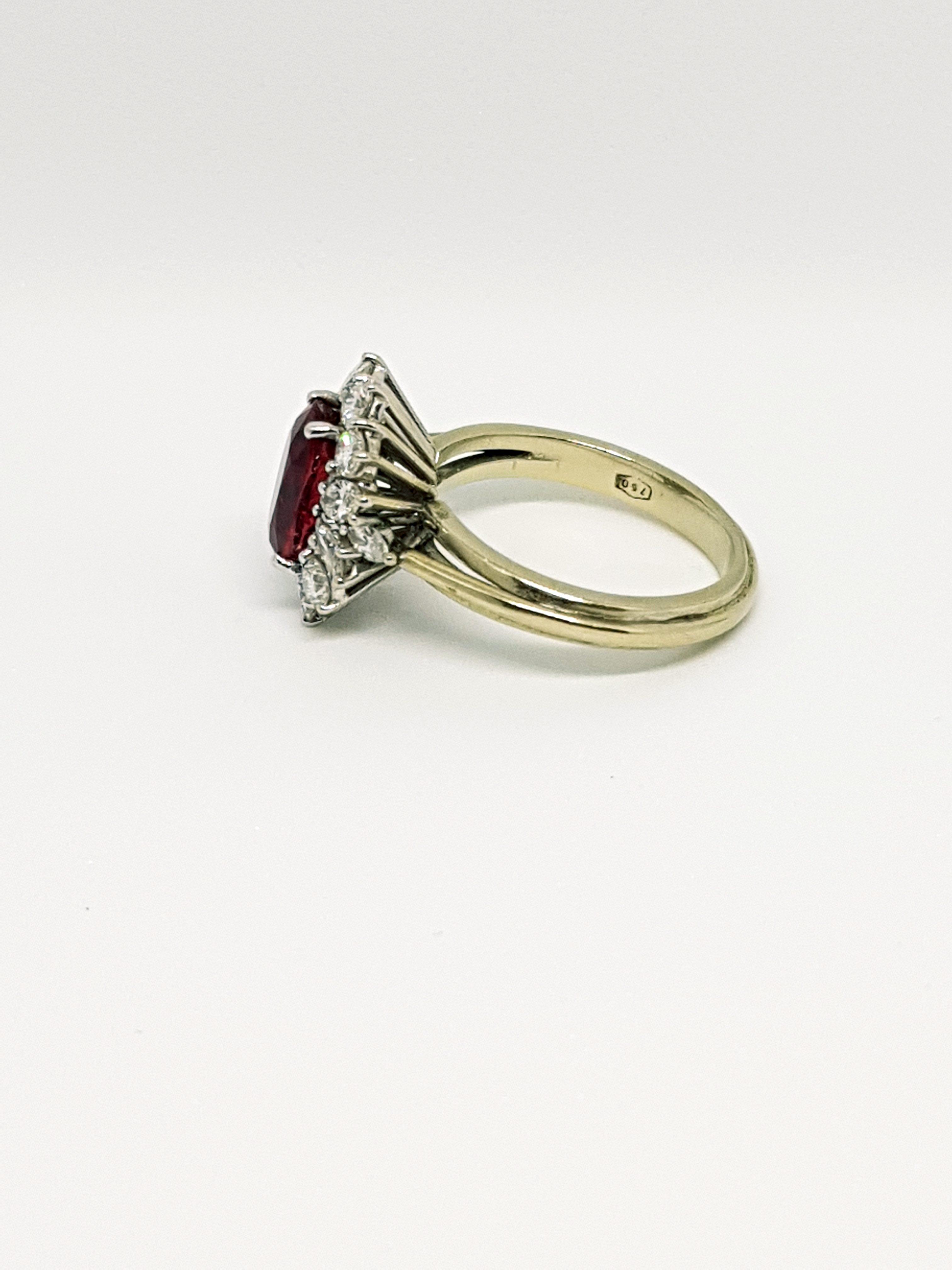 Anello con diamanti e rubino (2)