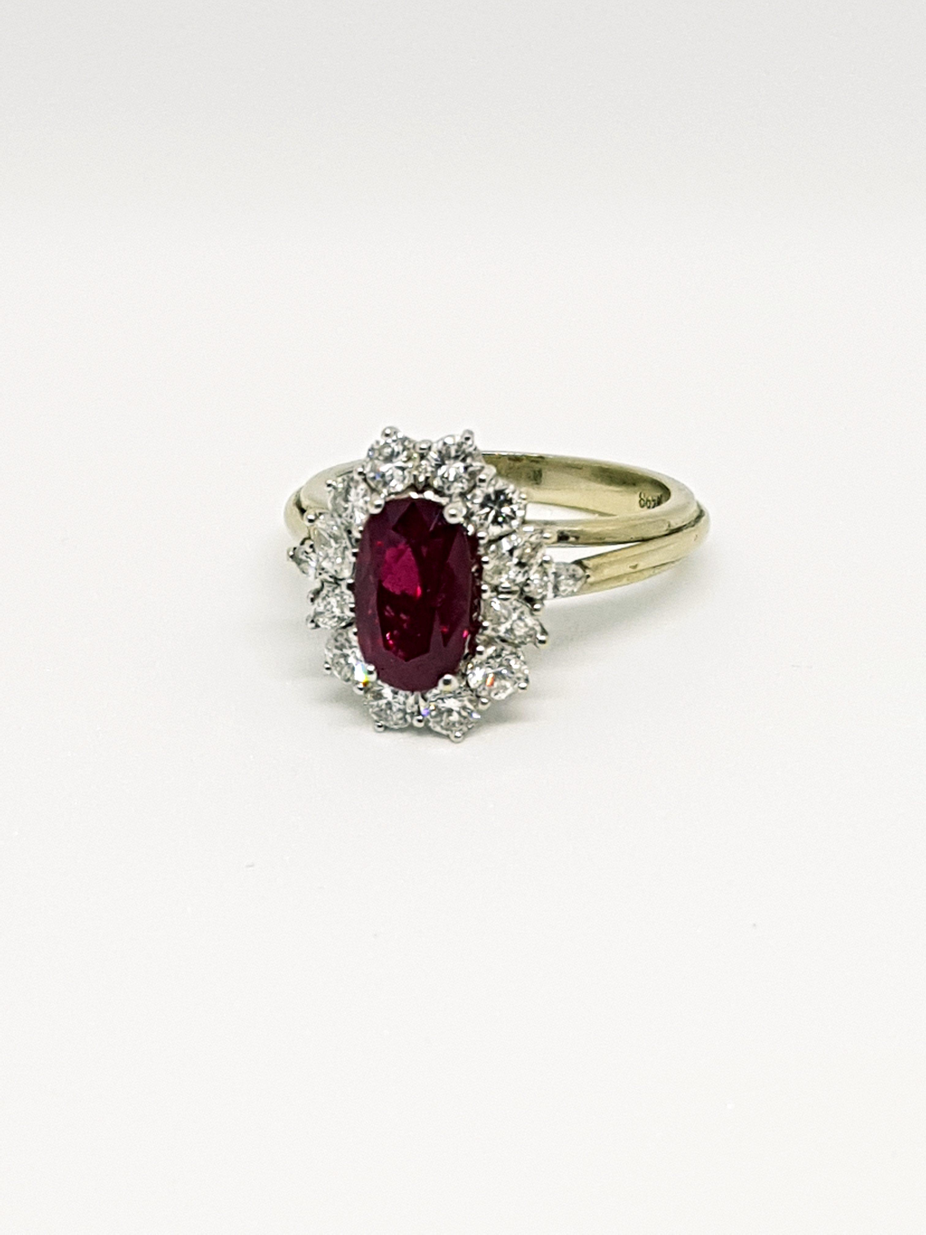 Anello con diamanti e rubino (7)