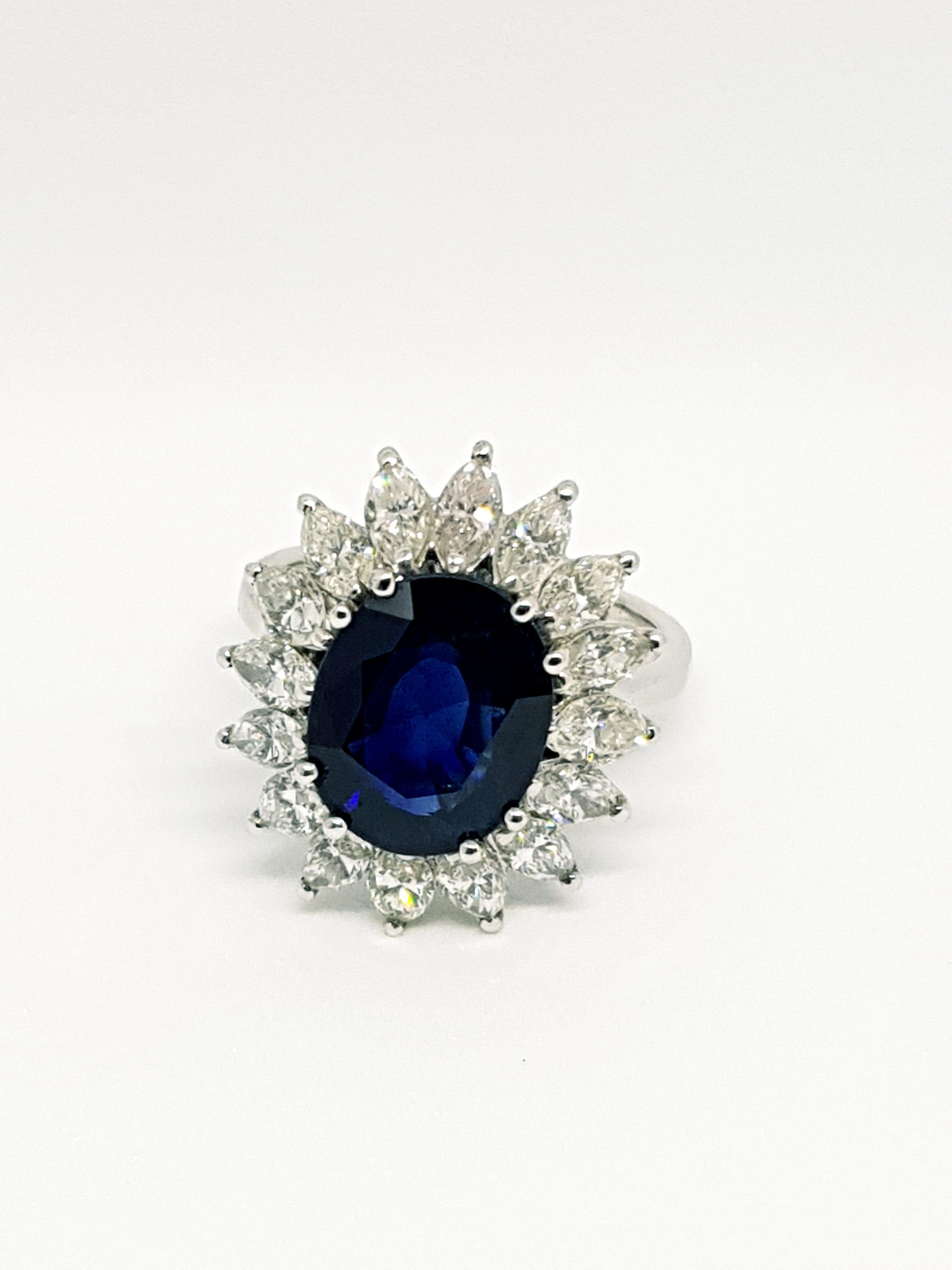 Anello con zaffiro e diamanti (2)